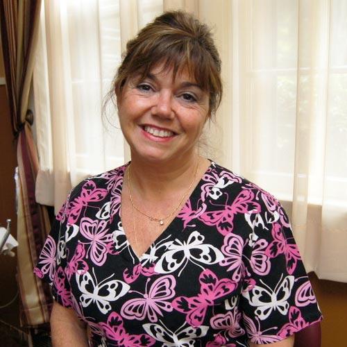 Toni Dryburgh Headshot - Hygienist